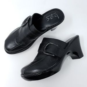 Born Clogs Mules Leather Buckle Strap